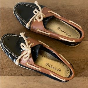 Sperry• Varnish Navy Leather Top Sider